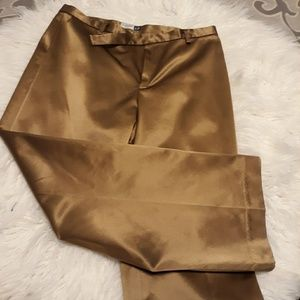 GAP Gold cropped stretch pants NWOT